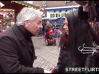 Wie sieht eine vagiena aus cfnm Brünette gibt Brünette Blondine Lesbierin sex video-Zitrone